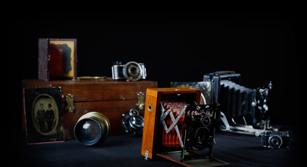 Vintage-Camera-Collection-Wood